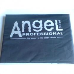Angel Hajvágókendő